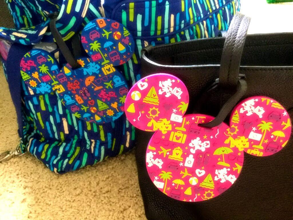 Complete checklist for packing a diaper bag for plane trips