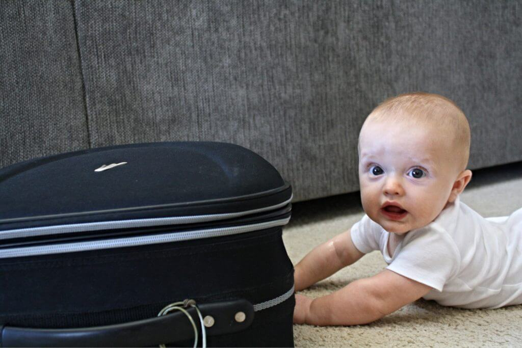 10 things to do BEFORE flying with a baby