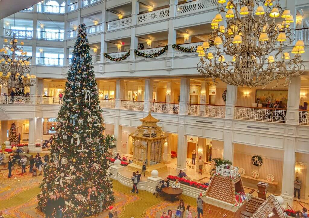 Disney Christmas Decorations.The Best Disney Resorts At Christmas Have Diapers Will Travel