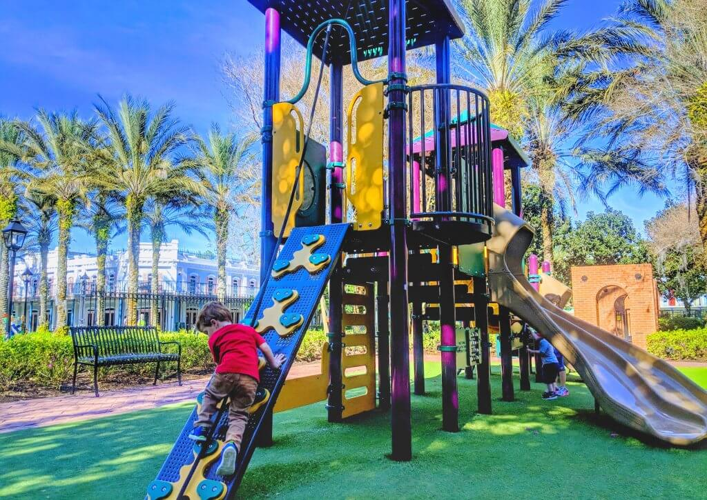 Disney moderate resorts Port Orleans French Quarter playground