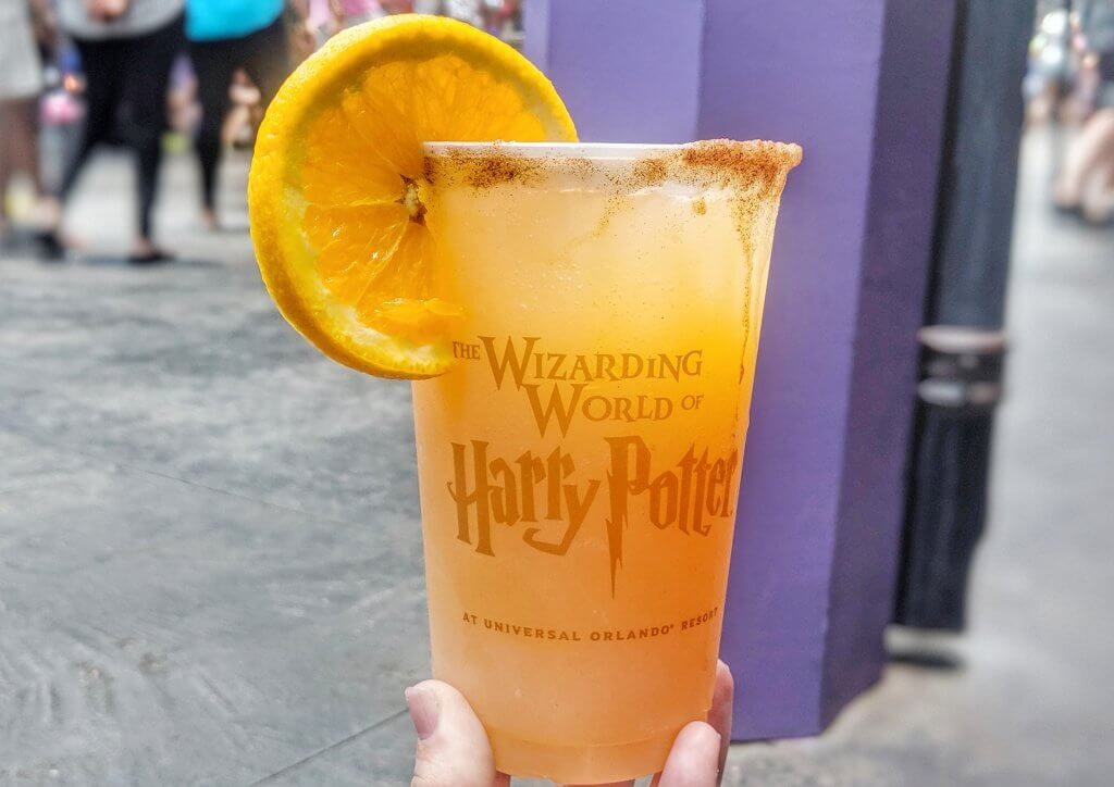 Snacks from The Wizarding World of Harry Potter otter's fizzy orange juice